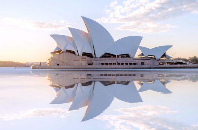 Casa de la Ópera en Sydney al atardecer