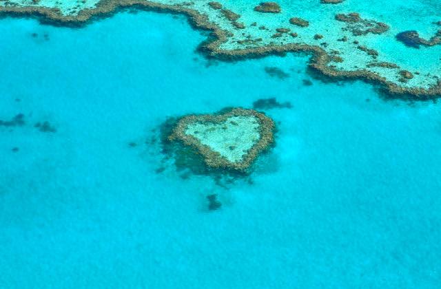 Arrecife en forma de corazón en Australia