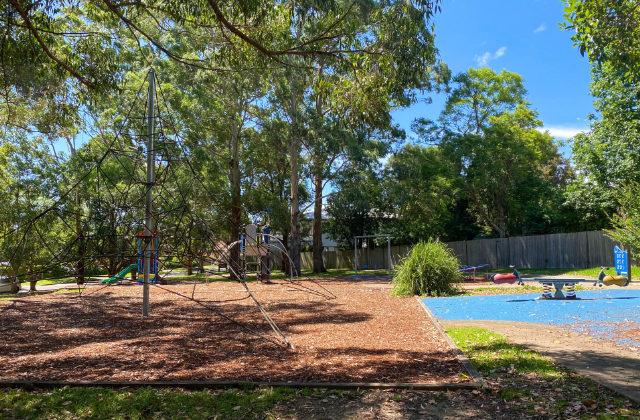 Parque de juegos para niños ubicado en el barrio de Lane Cove. Uno de los mejores en donde puedes vivir en Sydney con niños